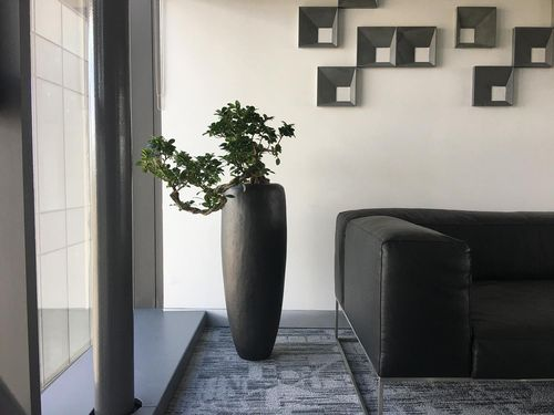 LOFT Black Iron Bodenvase